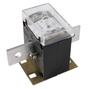 Трансформатор тока Т-0.66 400/5 5ВА класс точности 0,5 с шиной