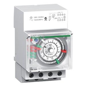 Реле времени электромеханическое Schneider Electric IH 3M 24 часа 2 канала с запасом хода