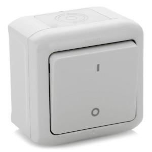 Выключатель двухполюсный IP44 Legrand Quteo серый