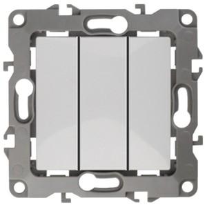 Выключатель тройной 10АХ-250В IP20 Эра 12, белый 12-1107-01
