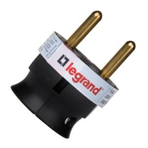Вилка Legrand без заземления 16А с боковым вводом кабеля черная ультраплоская